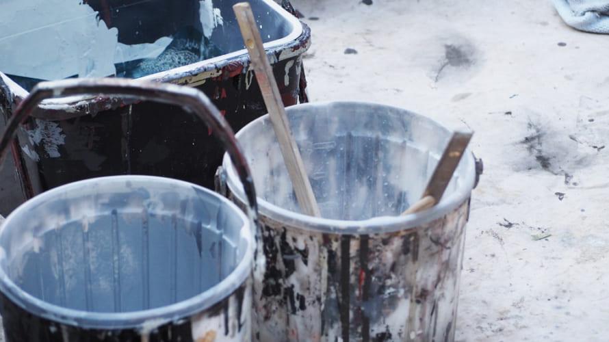 外壁塗装で使う水性塗料と油性塗料はどっちが良い塗料?