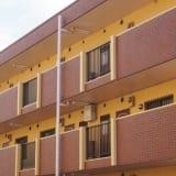 アパートの入居率アップにも有効!外壁塗装の相場やコスパの良い塗料選びのポイントをご紹介!