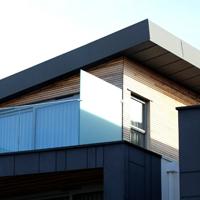 屋根の色ー黒